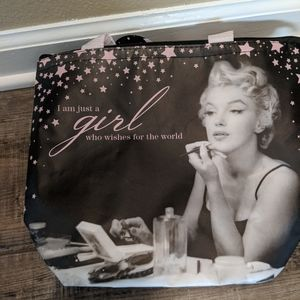 Marilyn Monroe insulated tote and water bottle